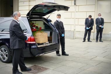 pogrzeb mercedes